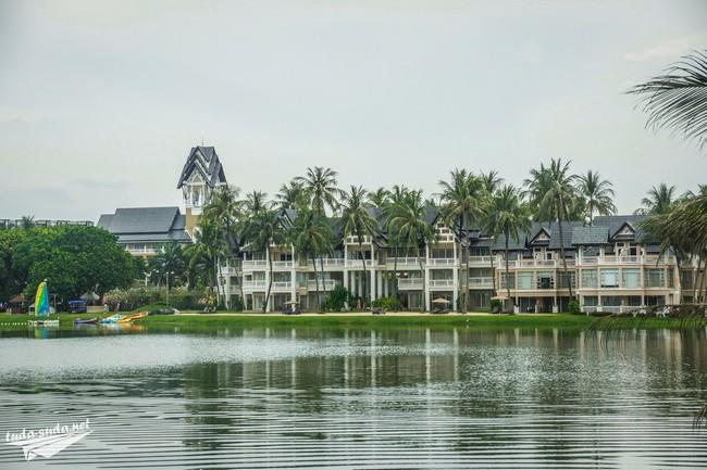 Laguna Complex