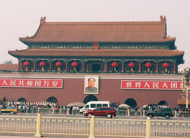 Ворота Тяньаньмэнь фото