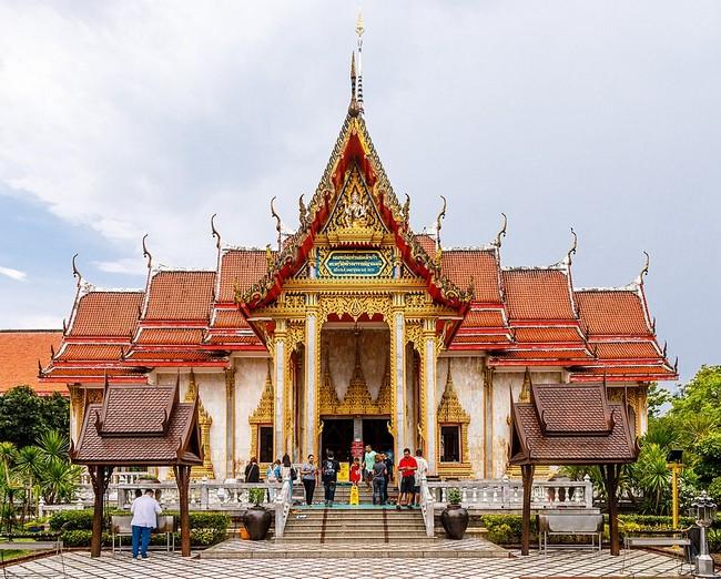 Храм Ват Чалонг Пхукет
