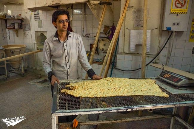 Иран хлеб
