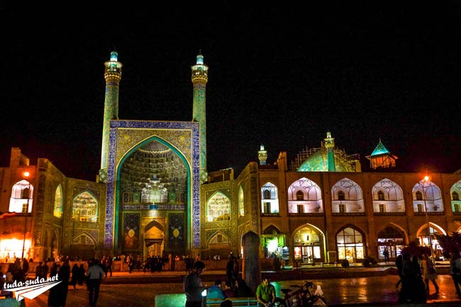 Naqsh-e Jahan Mosque Isfahan