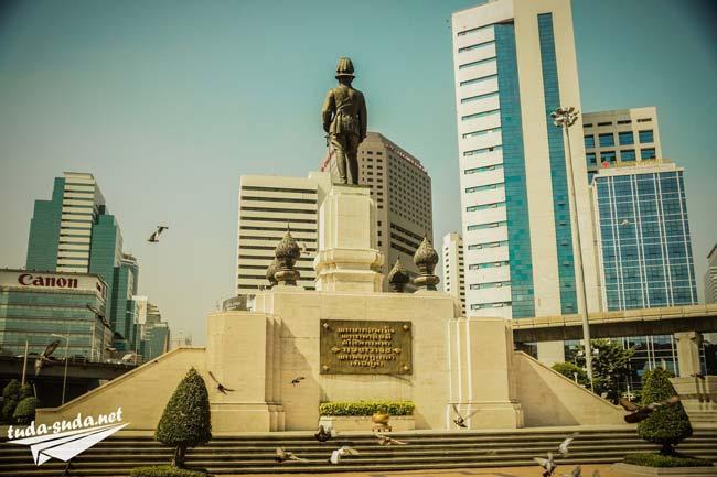 bangkok-statue