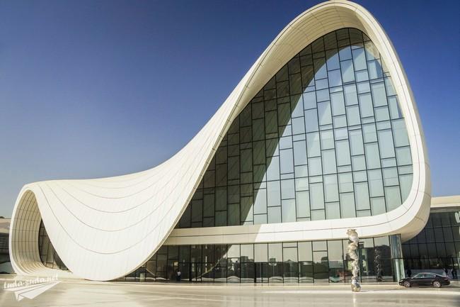 Центр Гейдара Алиева Баку