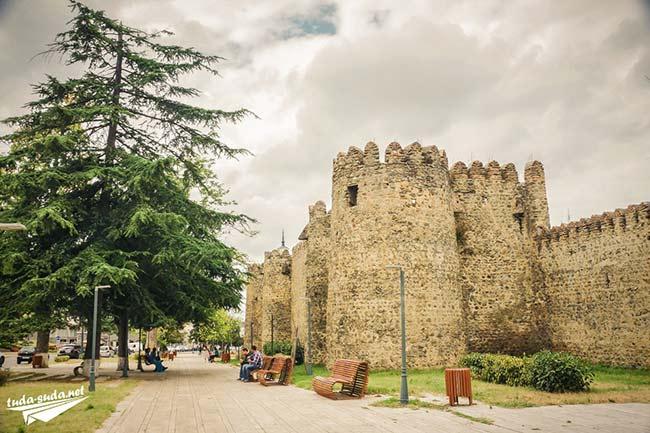 Замок Батонисцихе