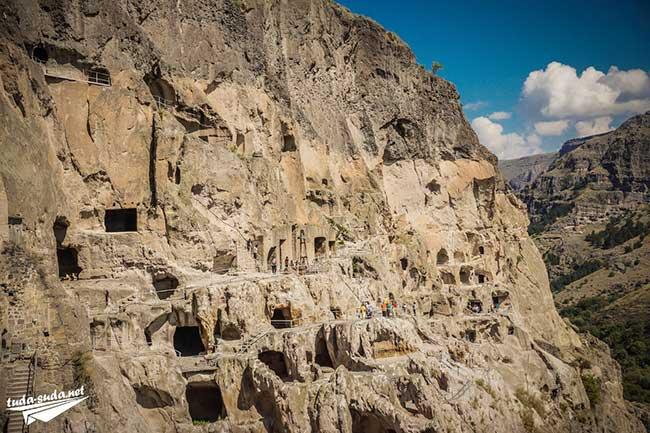 Пещерный город Вардзиа