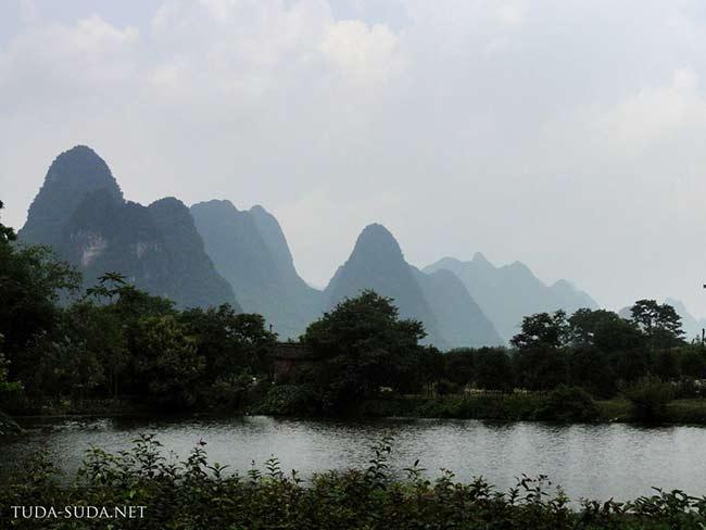 Карстовые горы в Гуанси-Чжаунском автономном районе, Китай