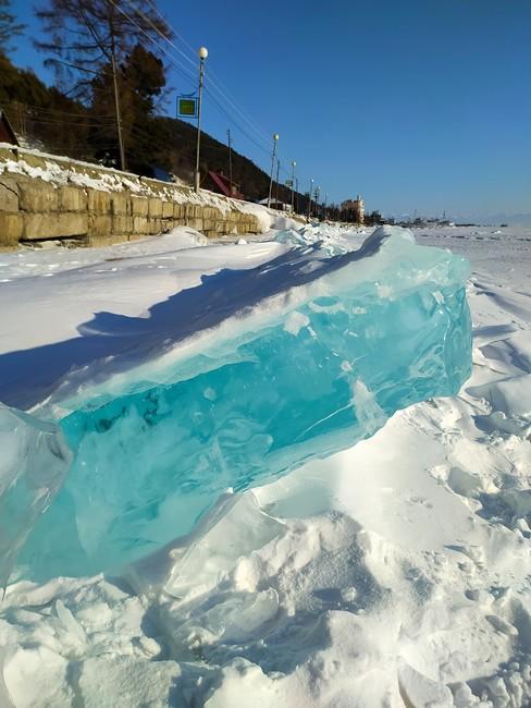 Байкал лёд