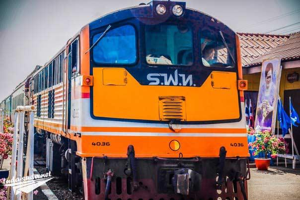 Тайские поезда
