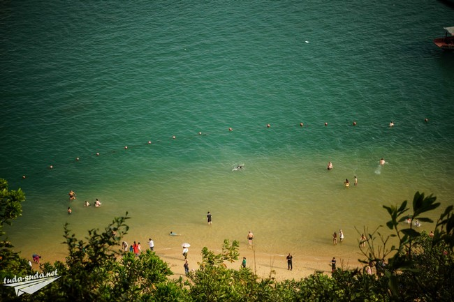 beach halong bay