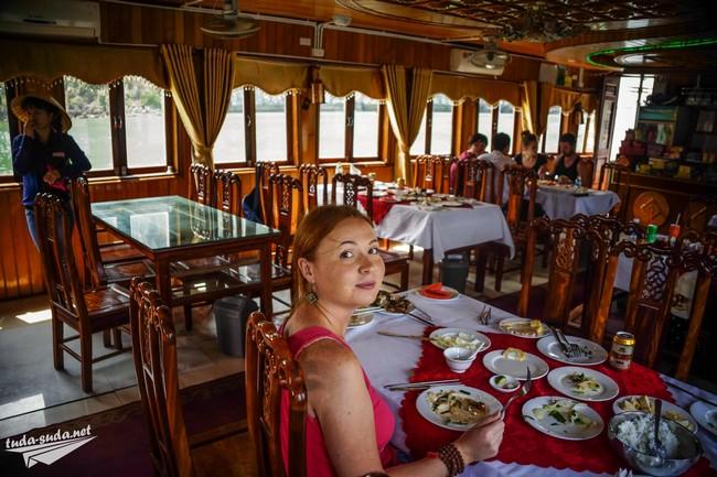 dinner halong bay tours
