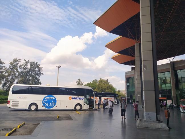 Автовокзал в Аналье