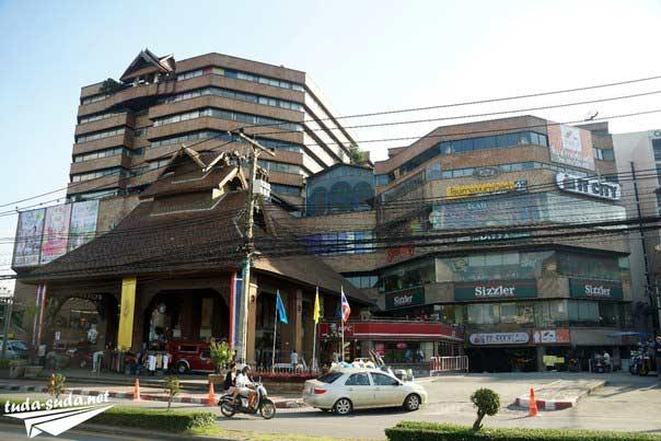Торговый центр Central в Чианг Мае