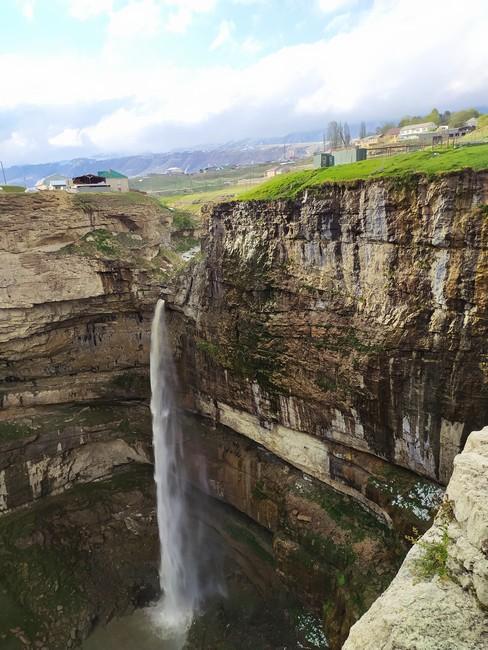 Водопад Тобот Хунзах