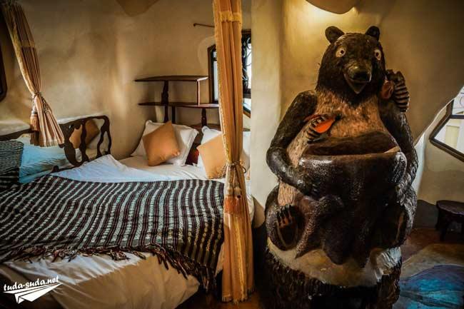 Отель Crazy House Далат