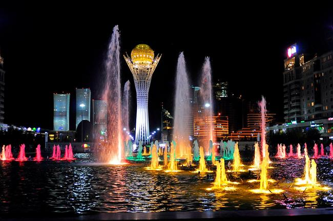 Астана вечером