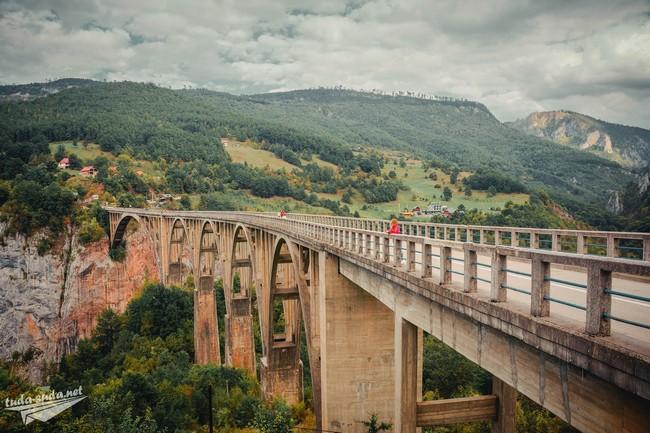 мост через реку Тара Черногория