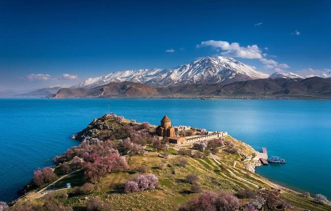 озеро Ван фото