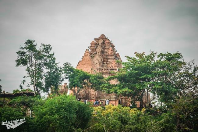 Чамские башни По Нагар Нячанг