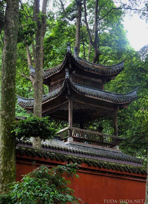 Храмы на Эмэйшань