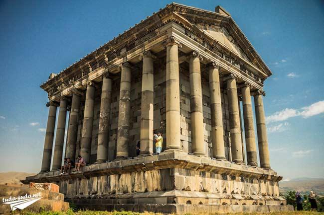 Храм Гарни и монастырь Гегард Армения - фото, описание ...