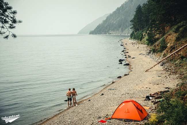 с палаткой на Байкал