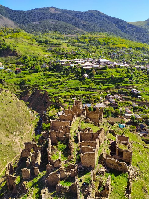 Вид на развалины с башни