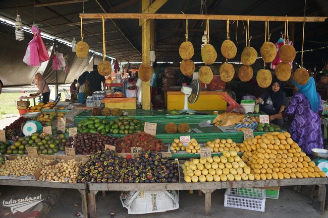 Kota-Kinabalu market
