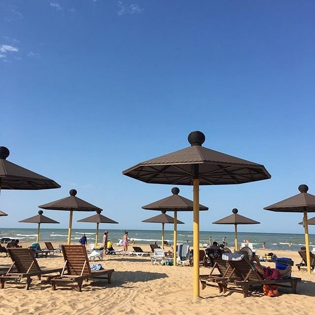 пляж Джами Махачкала