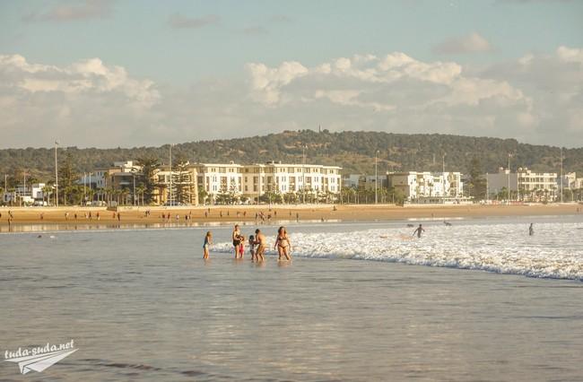 Пляж Эс-Сувейра