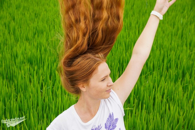 girl rice terraces