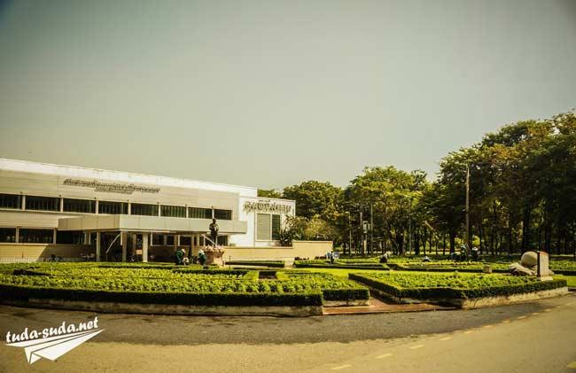 Люмпини-парк в Бангкоке