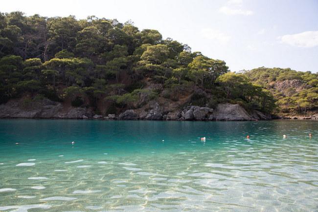 Пляж в Голубой лагуне