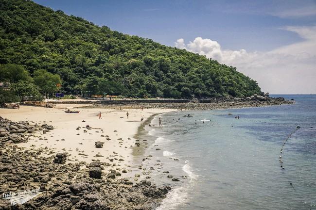 Пляж Сангван Ко Лан