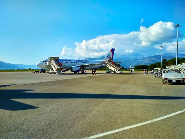 Тиват аэропорт фото