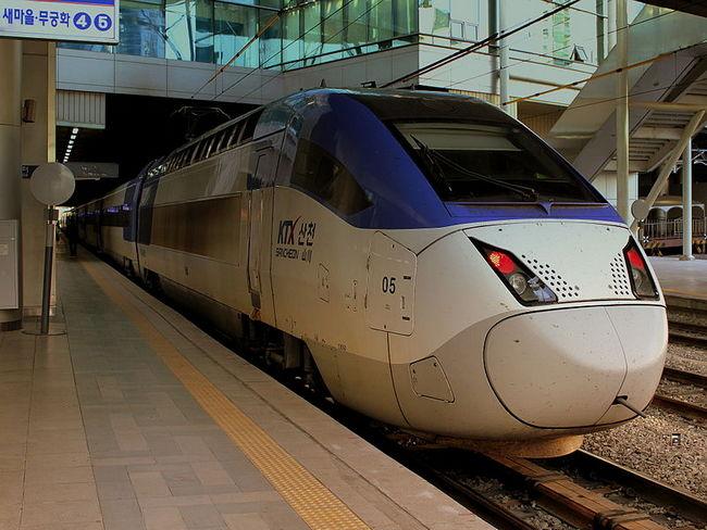 поезд Южная Корея