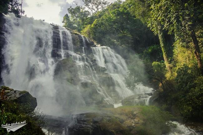 Водопад Таиланд фото