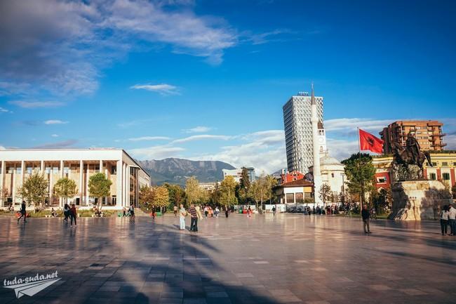 Тирана площадь фото