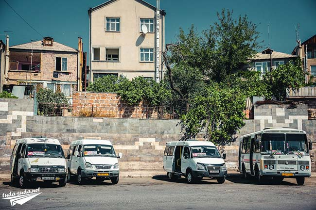 Маршрутки и автобусы в Армении