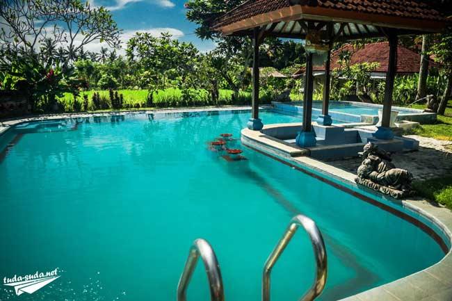 Отель на Бали фото