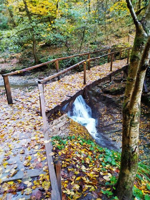 Водопад Ажек мост